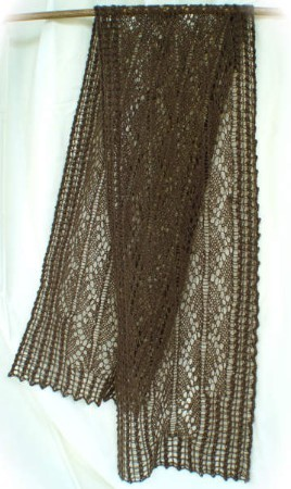 HeartStrings Pillared Archways Lace Scarf