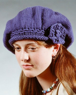 Fiber Trends Basic Beret with Knit Flower